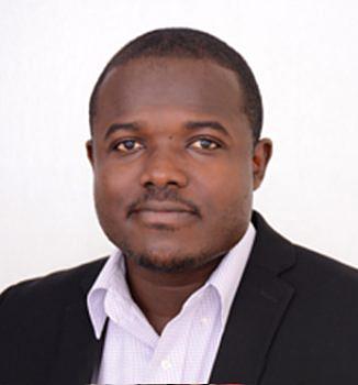 Collins Yeboah Asomani, Optometrista Az optikai szolgáltatások osztályának vezetője